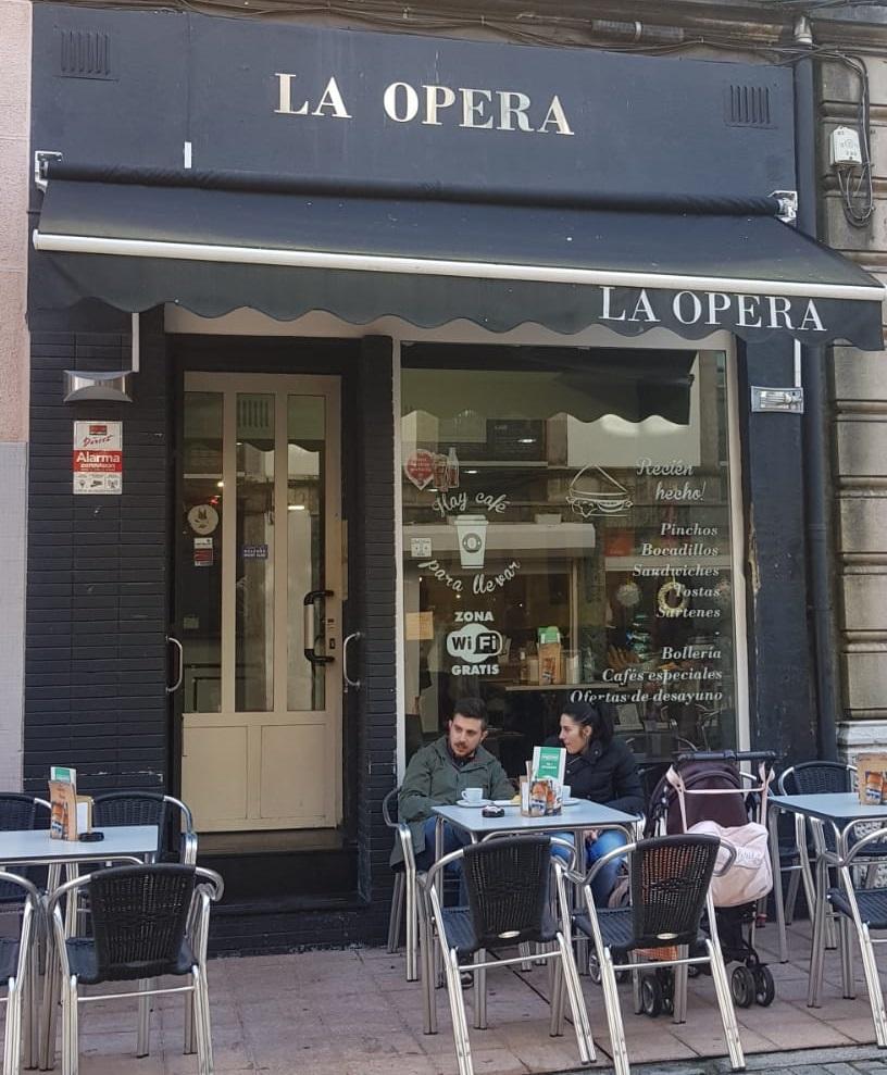 3. Cafetería La Ópera